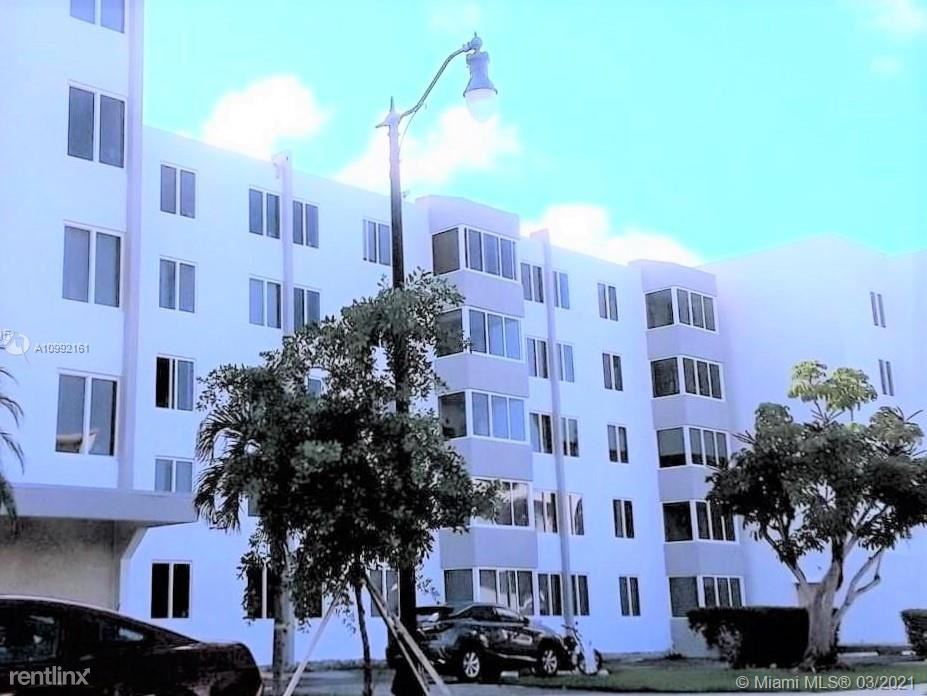 250 180th Dr, Sunny Isles Beach, FL - 1,500 USD/ month