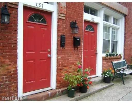 1189 Worcester St, Springfield, MA - $1,500 USD/ month