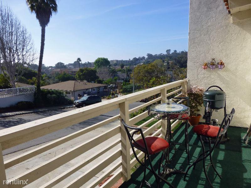 v, Solana Beach, CA - $1,550 USD/ month
