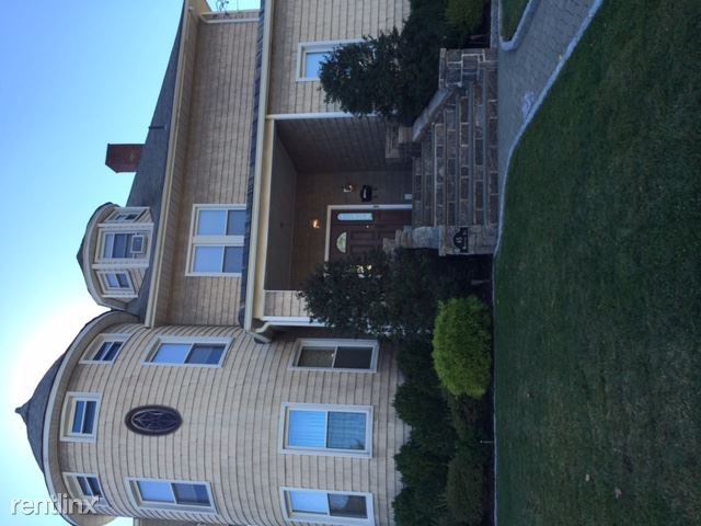 65 Woodland Ave 2, New Rochelle, NY - $3,000 USD/ month