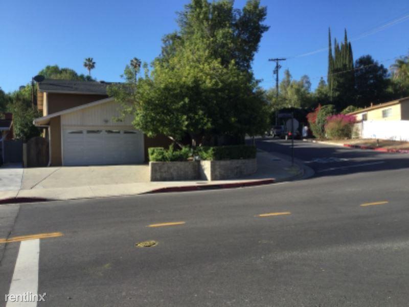 22798 Avenue San Luis, Woodland Hills, CA - $3,200 USD/ month