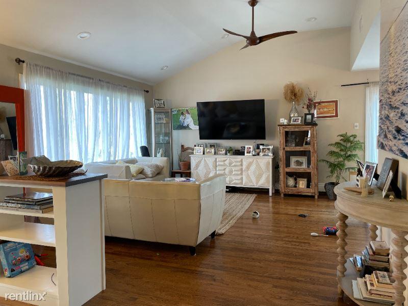 Lagoon Drive, Lido beach, NY - $18,000 USD/ month