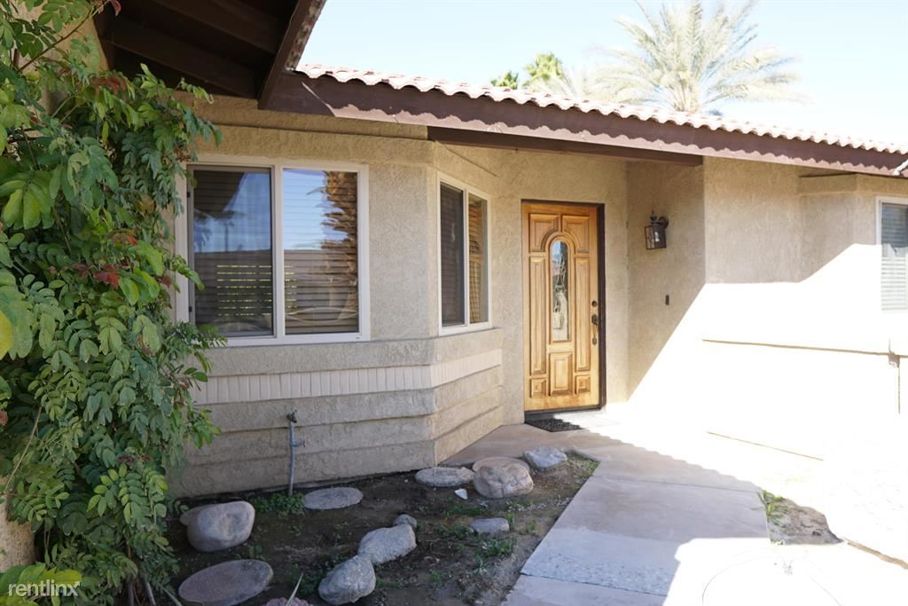 42643 Sussex St, Palm Desert, CA - $2,495 USD/ month