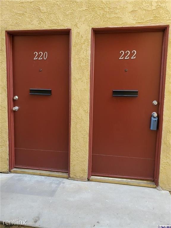 220 40th St, Manhattan Beach, CA - $3,450 USD/ month