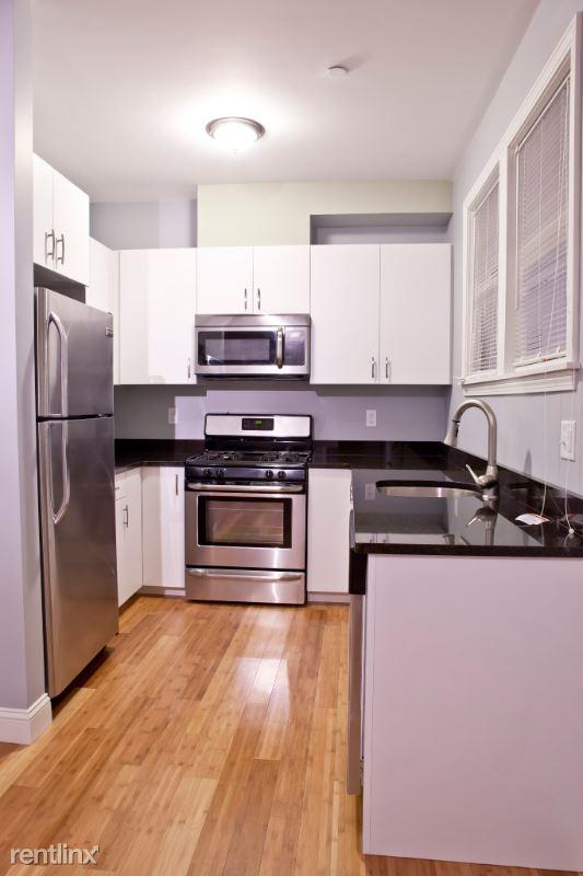 195 W 3rd 4, South Boston, MA - $4,650 USD/ month
