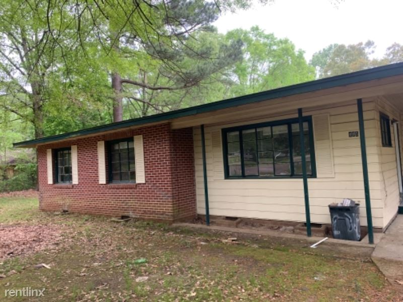 Woody Dr, Jackson MS - 750USD / month