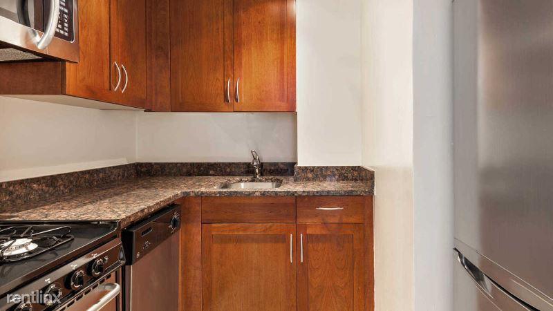 228 West 71st Street 2F, New York, NY - 2,460 USD/ month