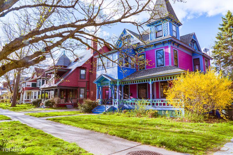 47 Dartmouth St, Springfield MA, Springfield, MA - $750 USD/ month
