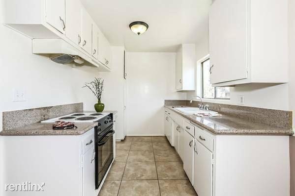 400 E Live Oak St 29, San Gabriel, CA - $2,350 USD/ month