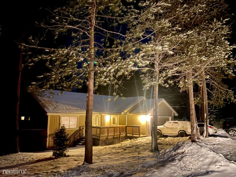 1468 Apple Valley, South Lake Tahoe, CA - $800 USD/ month