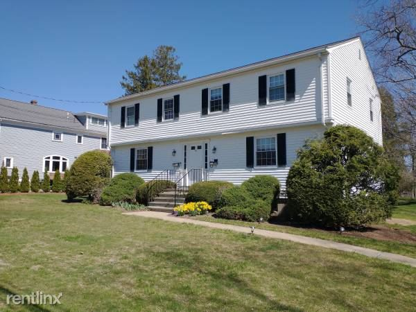 River St., Natick, MA - $1,195 USD/ month