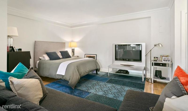 W 15th St, Chelsea, NY - $2,795 USD/ month