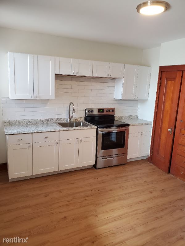 297 Amherst St, Manchester NH, Manchester, NH - 1,250 USD/ month
