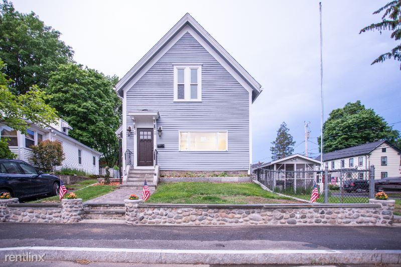 26 Lake St, Natick, MA - $3,250 USD/ month