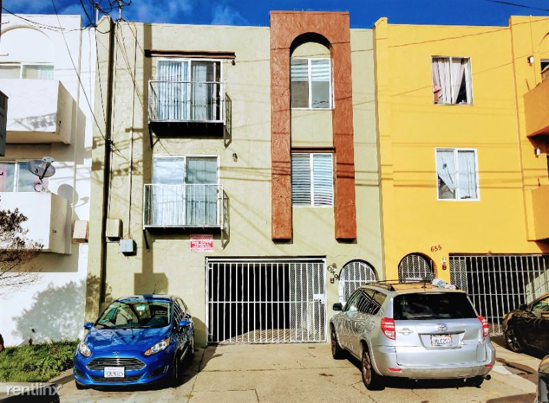 649 Villa Street 4, Daly City, CA - $2,500 USD/ month