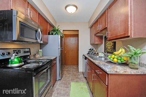 9904 Excelsior Blvd, Hopkins, MN - $995