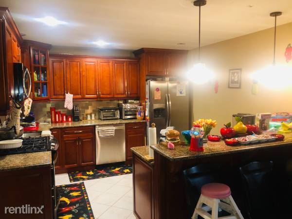 Nepperhan Ave, Yonkers, NY - $3,700 USD/ month
