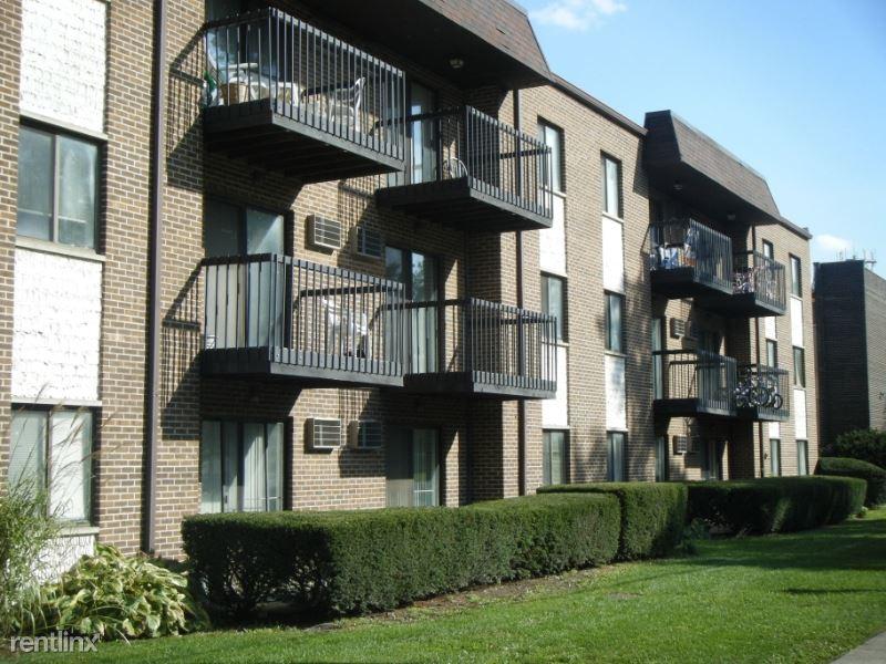 339 Bluff Ave 1C, La Grange, IL - $1,050 USD/ month