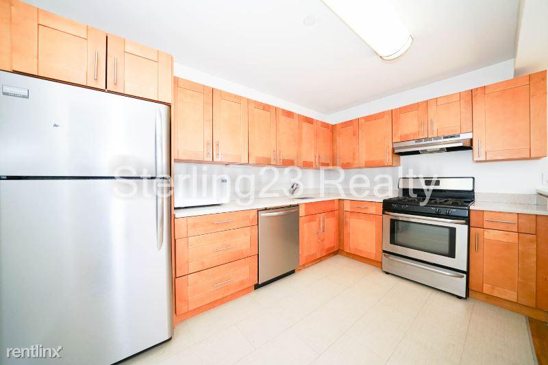 2550 Crescent St, Astoria NY 2c, Astoria, NY - $2,250 USD/ month
