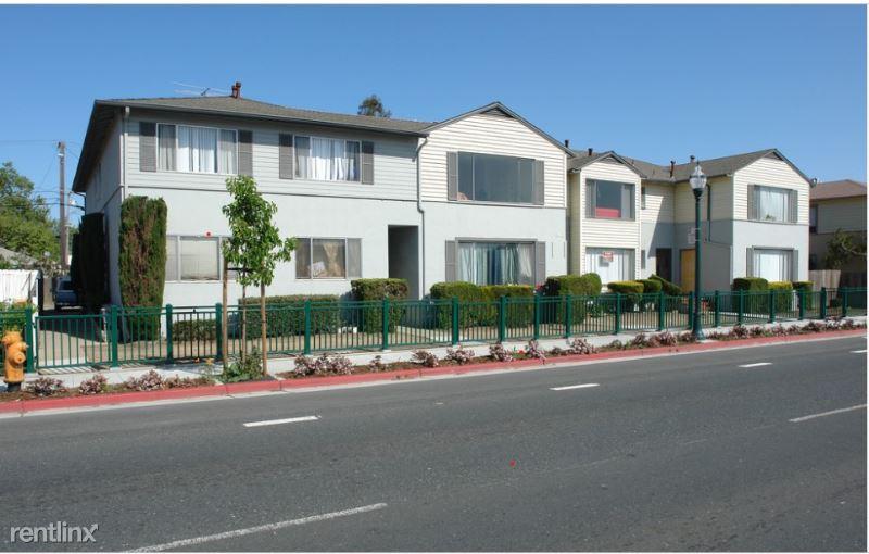 1411 E 3rd Ave 10, San Mateo, CA - $2,185 USD/ month