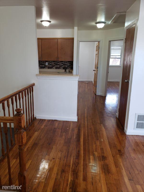 455 Torry Ave, Bronx NY 2, Bronx, NY - $2,400 USD/ month