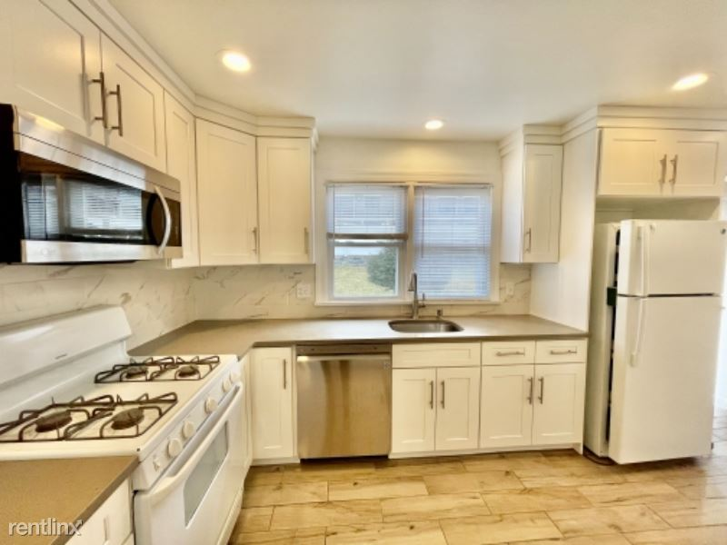 118 Lincoln ave 1, West Harrison, NY - $3,200 USD/ month