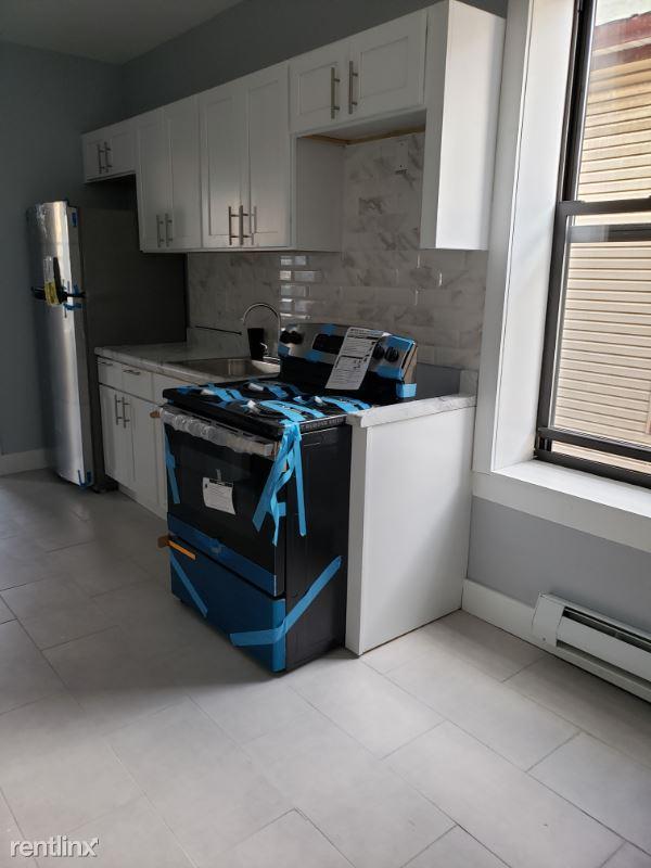 964 E 167th St, Bronx NY 2, Bronx, NY - $2,200 USD/ month