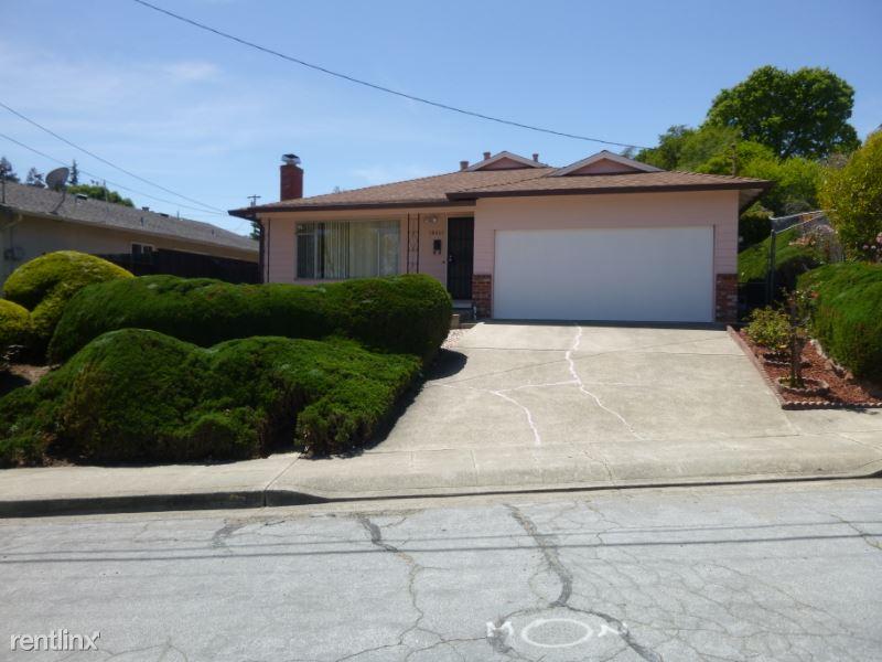18461 Terry Way, Castro Valley, CA - $3,400 USD/ month