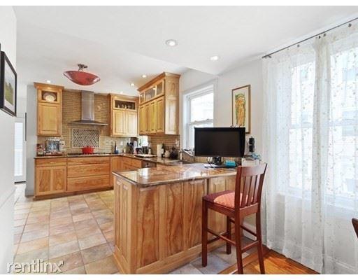 435 E 7th St, South Boston MA 2, South Boston, MA - $3,500 USD/ month