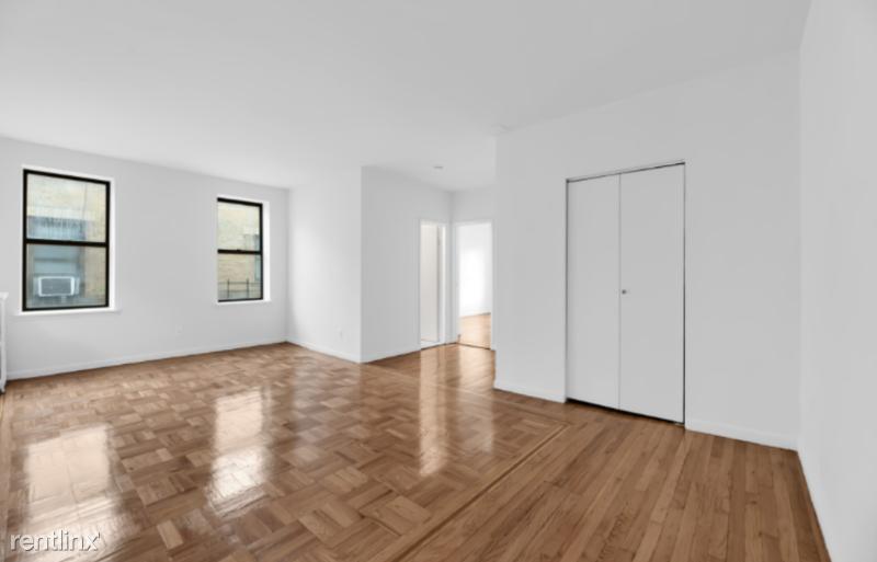 E 208th St, Bronx, NV - 2,165 USD/ month