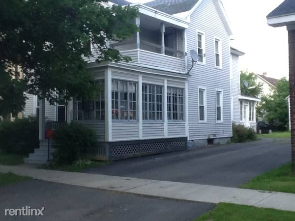 1029 Downer Ave. 1st Floor, Utica, NY - $900 USD/ month