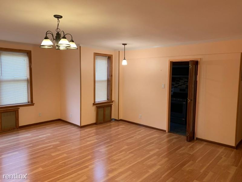 65-15 Yellowstone Blvd, Forest Hills, NY - $1,800 USD/ month