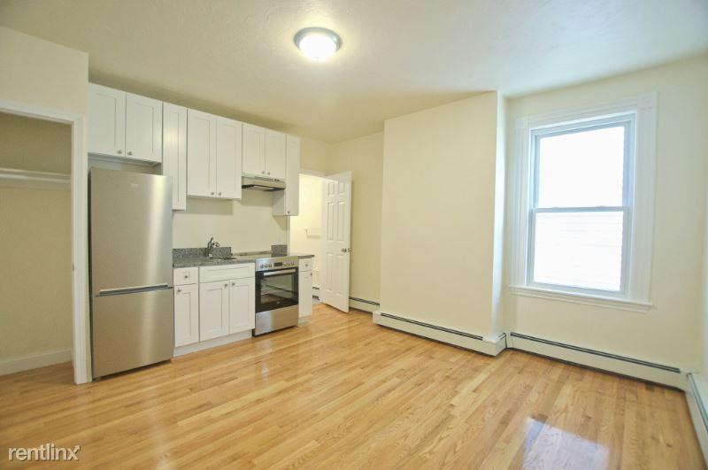 501 E Broadway 09, South Boston, MA - $1,600 USD/ month