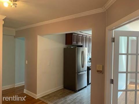 10525 65th ave, Forest Hills, NY - $1,500 USD/ month