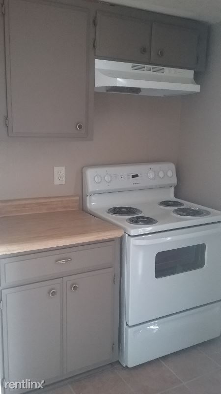 9826 N. 9th Ave. 4, Phoenix, AZ - $650 USD/ month