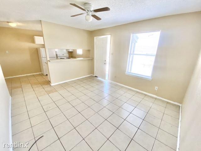 1051 Gillette Blvd, San Antonio, TX - $625 USD/ month