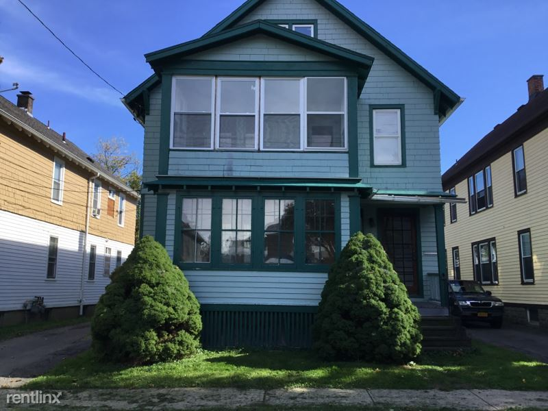 Downer Ave., Utica, NY - $900 USD/ month