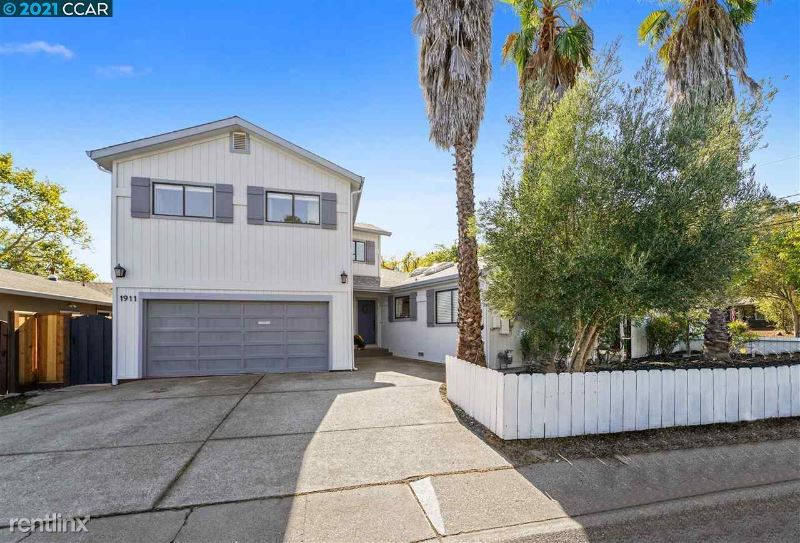 1911 Alvarado Ave. B, Walnut Creek, CA - $2,800 USD/ month