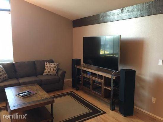 5650 Sumner Way, Culver City CA 306 - 2800USD / month