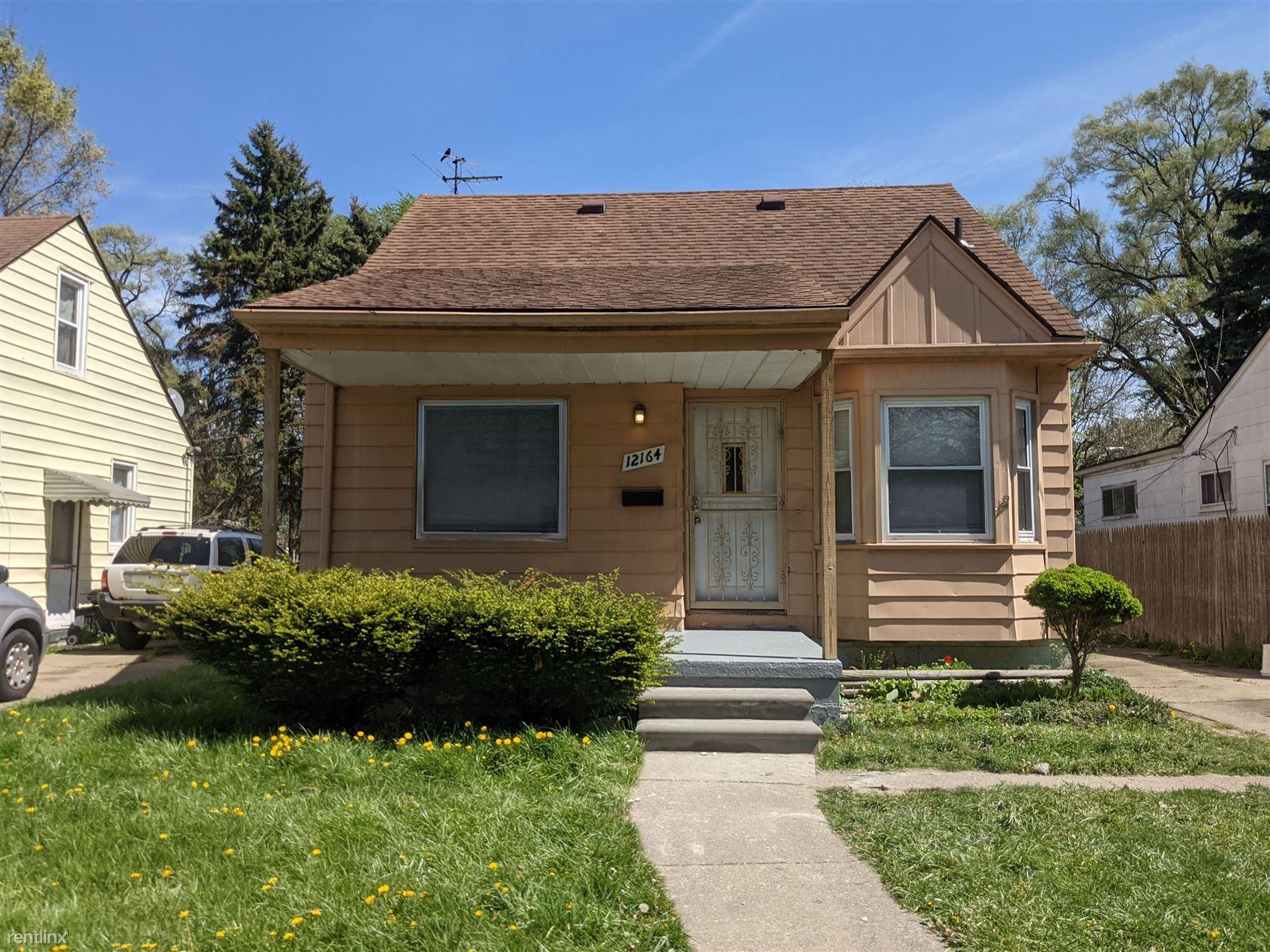 12164 Wayburn St, Detroit, MI - $1,100 USD/ month