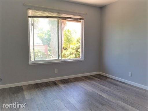 Westonhill Dr, San Diego, CA - $720 USD/ month