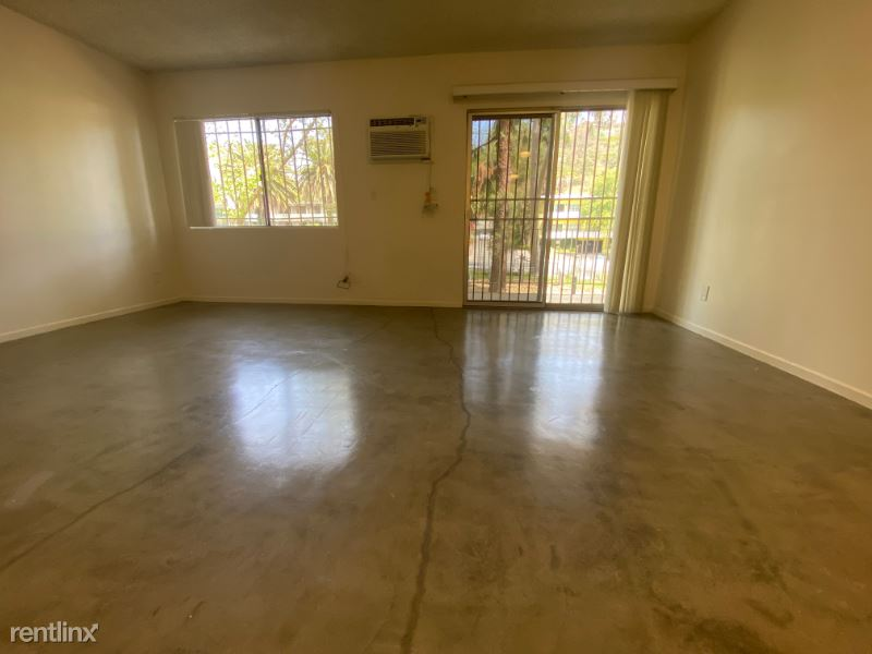 1784 N. Sycamore Avenue, Hollywood, CA - $1,400 USD/ month