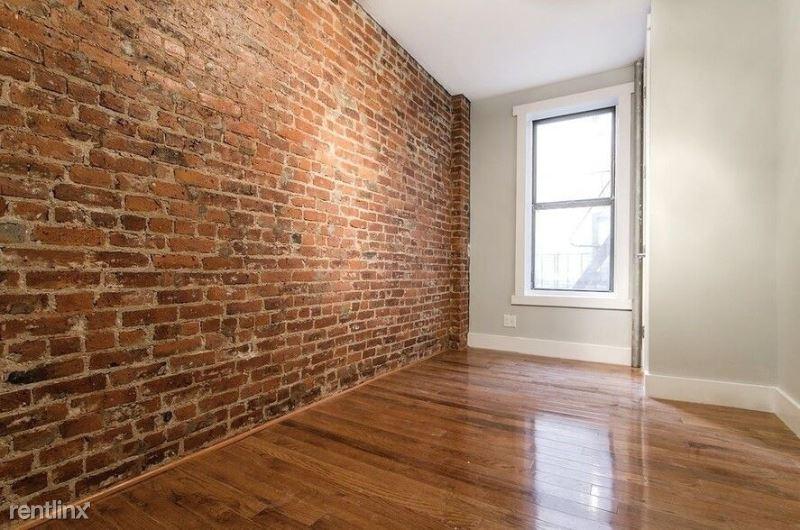 164 Sherman Ave, New York NY 44, New York, NY - $1,350 USD/ month