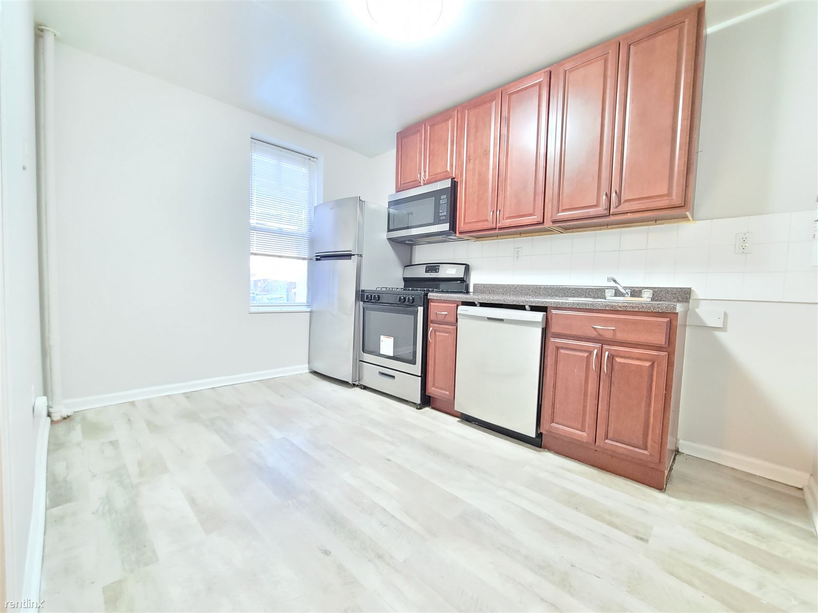6310 Broadway, West New York, NJ - 1,395 USD/ month