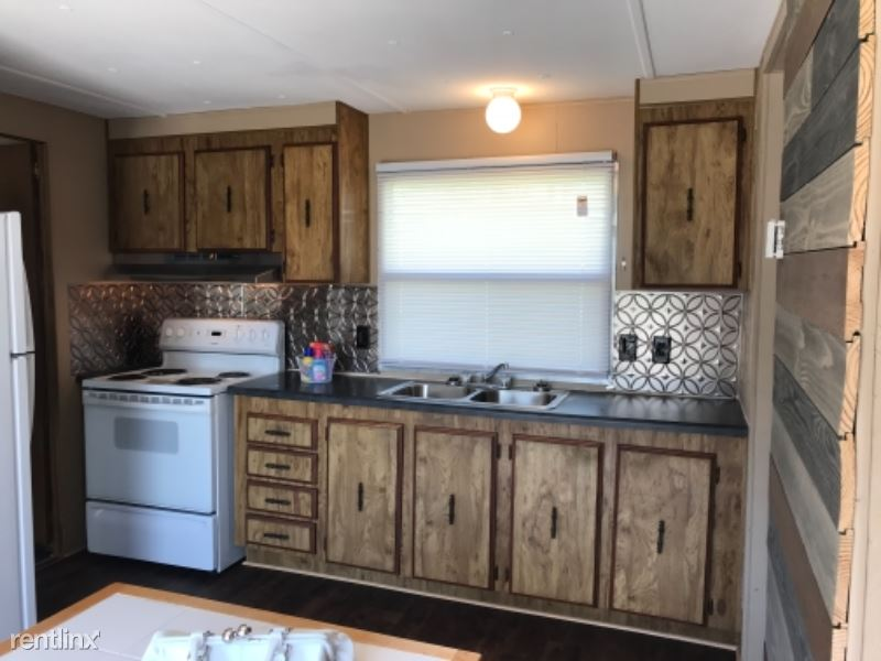 833-14 Lovell Road, Knoxville, TN - $775 USD/ month