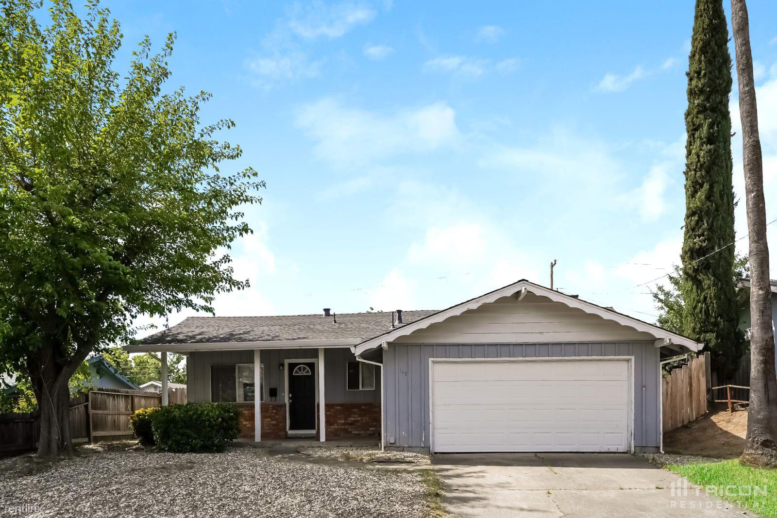 149 Highland Avenue, Vacaville, CA - $2,599 USD/ month