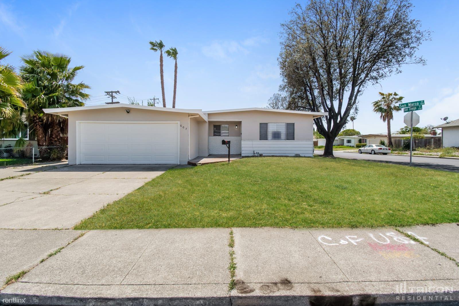 607 San Marco Street, Fairfield, CA - $2,349 USD/ month