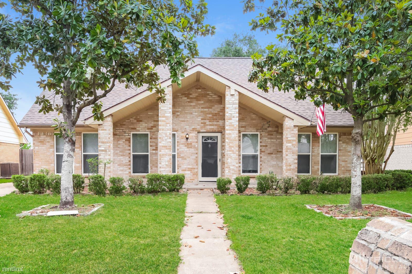 12027 Arrowhead Glen Drive, Houston, TX - $1,749 USD/ month