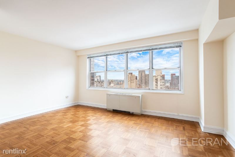 888 8th Ave, New York, NY - $2,395 USD/ month