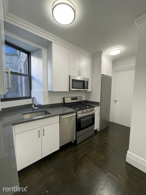25 W 68th St, New York, NY - $3,225 USD/ month